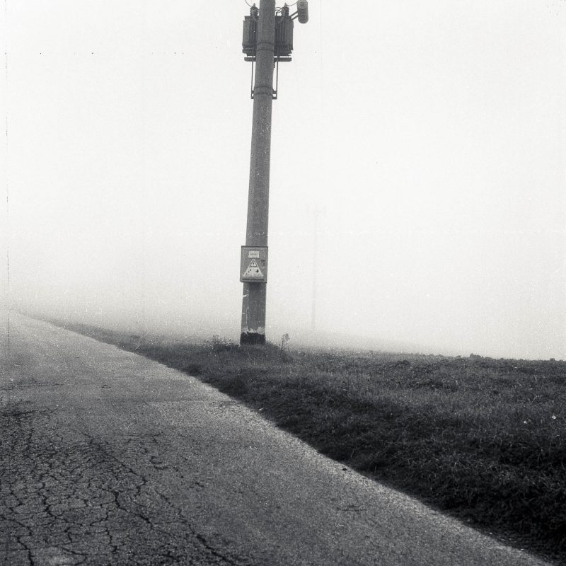 Electricity in the fog